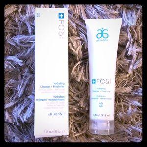 Arbonne FC5 Hydrating Cleanser + Freshener